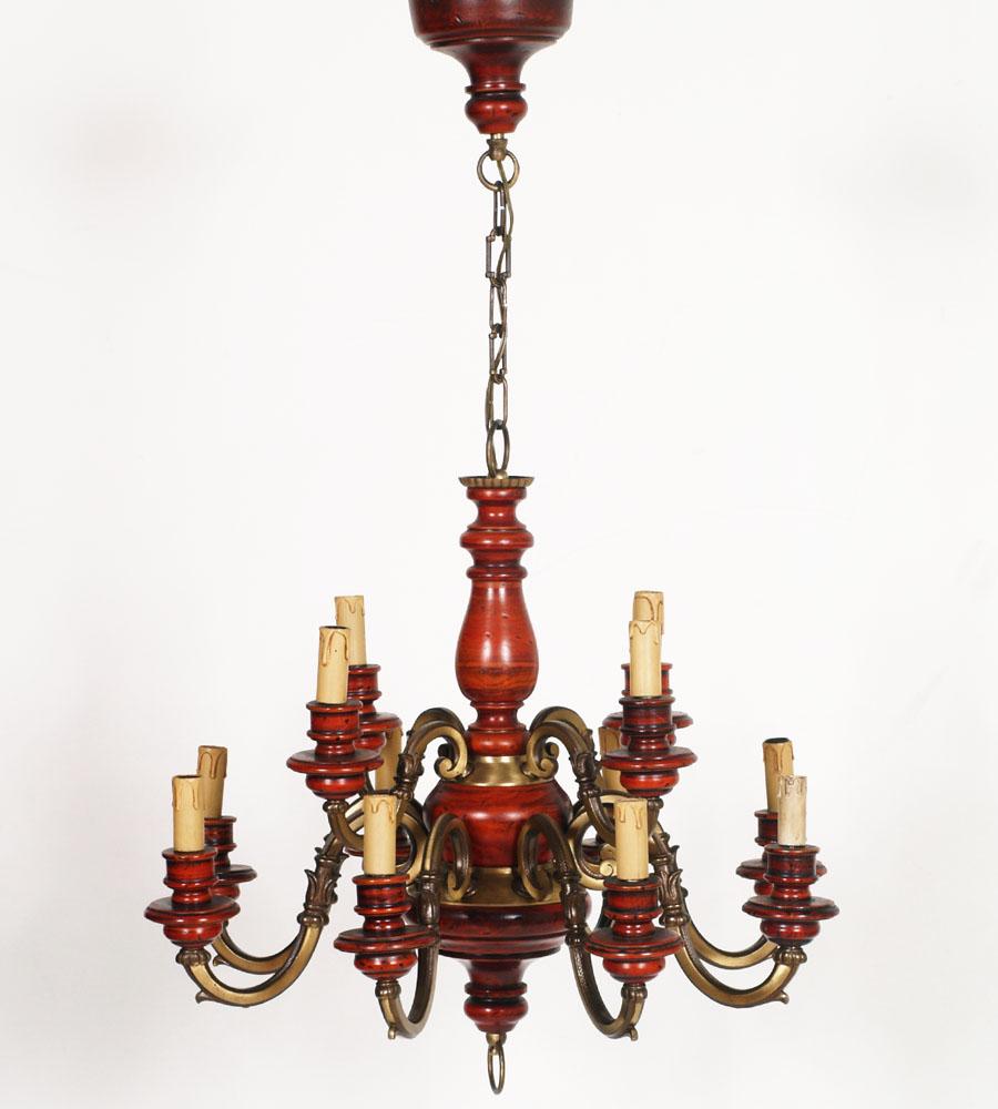 Lampadario vintage in legno tornito rosso antichizzato e for Lampadario vintage