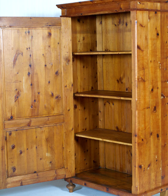 Antique armoire tyrol bookcase armadio cirmolo tirolese for Mobili tirolesi