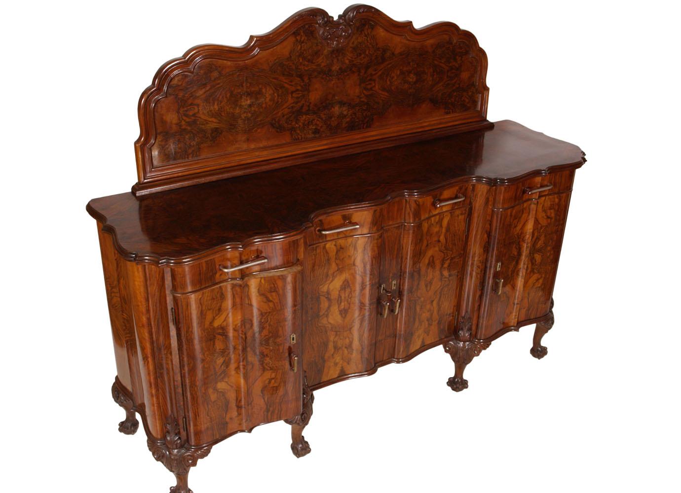 Arredare una piccola cameretta con balcone for Sala da pranzo barocco piemontese