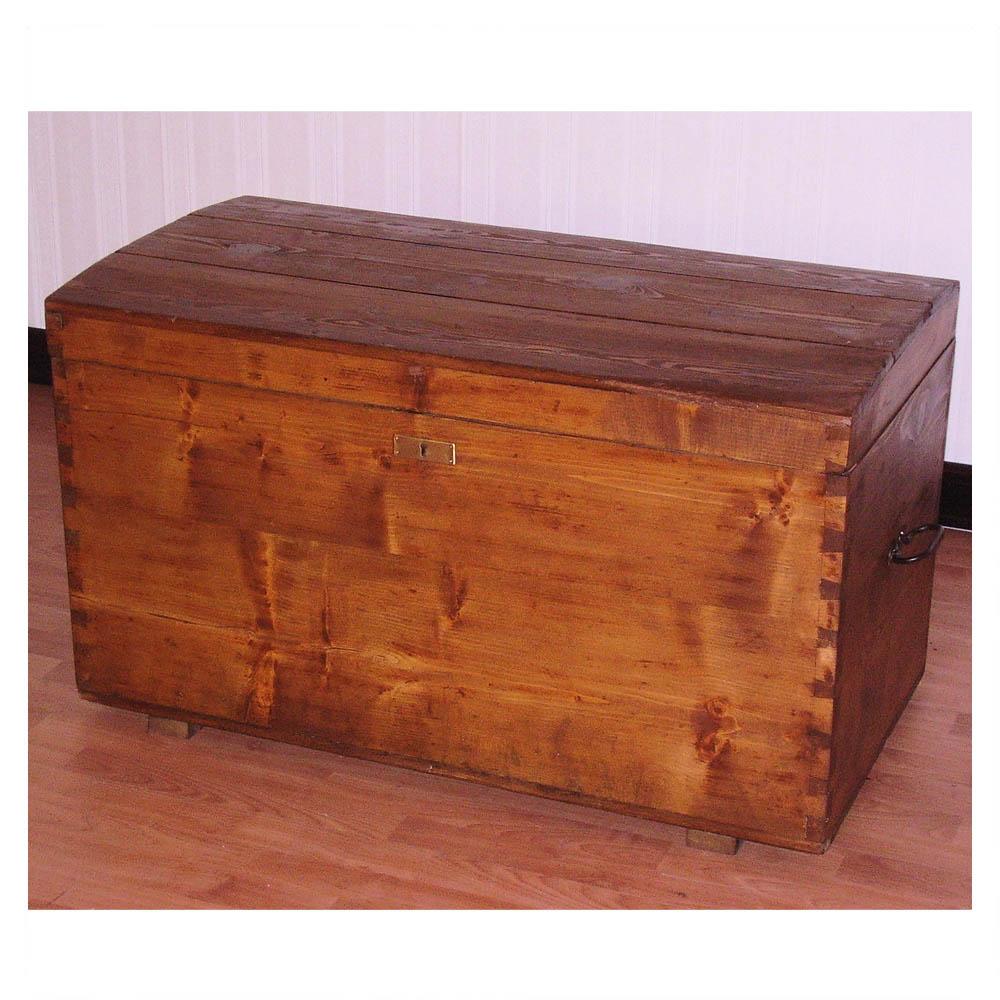 Antica cassapanca baule cassone legno abete restaurato 800 for Cassapanca vimini