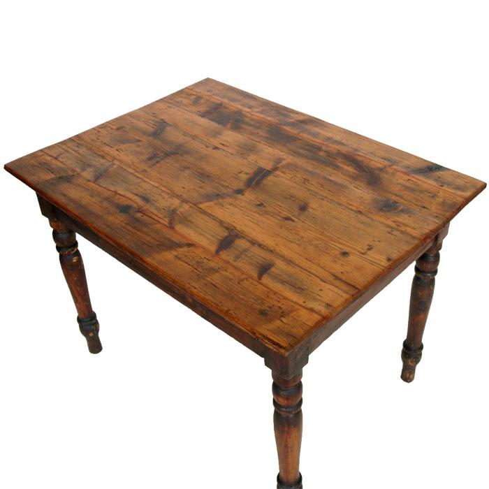 Vestiti da battesimo per bimbo tavoli in arte povera prezzi for Tavoli rustici allungabili