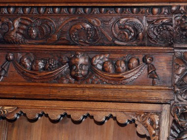 italian-antique-sideboard-renaissance-MAE59-3