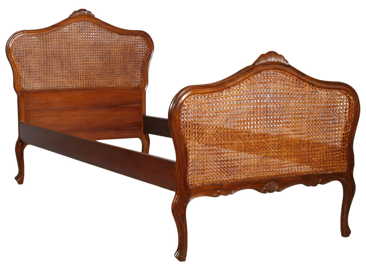 Testata Letto Matrimoniale Antica.Antique Single Bed Baroque Liberty Walnut Carved Straw Vienna But