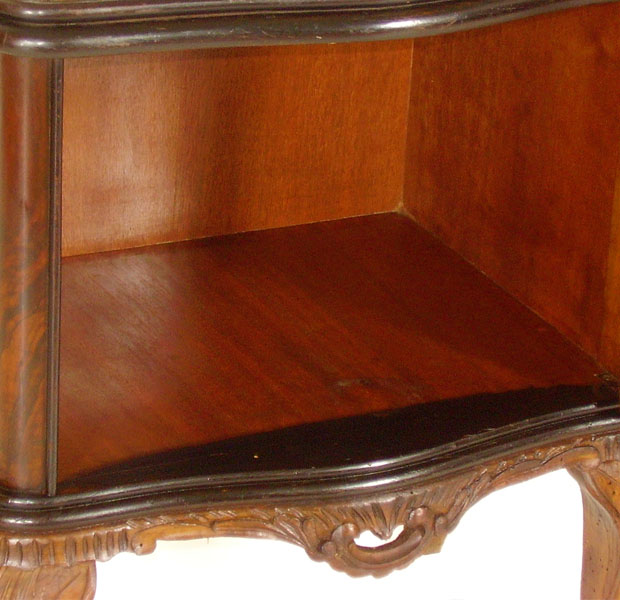 Bedside table venetian baroque chippendale first 39 900 in for Arredamento veneziano