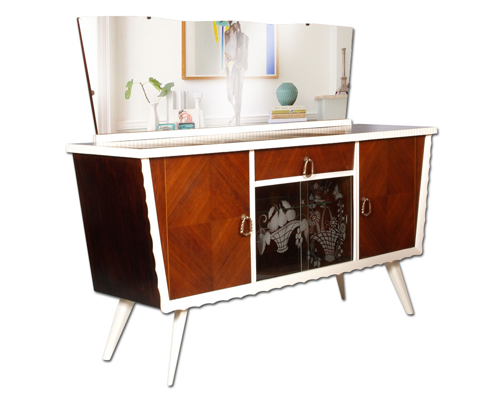 Credenza Con Vetrina Stile Inglese : Credenza vintage design anni in noce con specchiera e vetrina