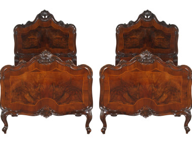 antique-chippendale-bedroom-furniture-set-MAH67-2